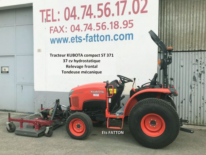 Tracteur KUBOTA compact ST 371