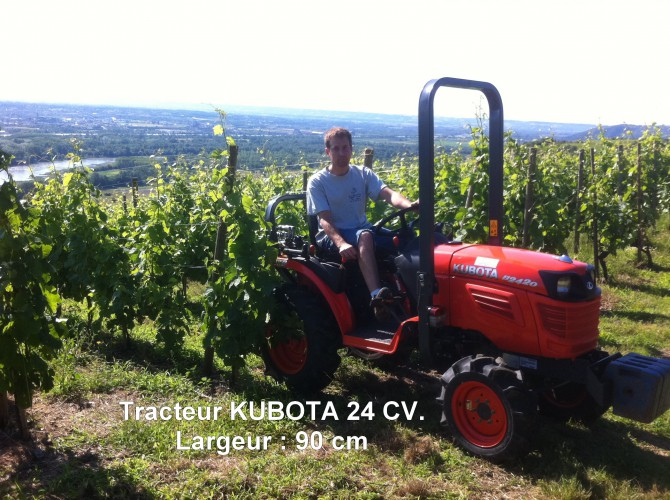 Tracteur KUBOTA 24 CV.