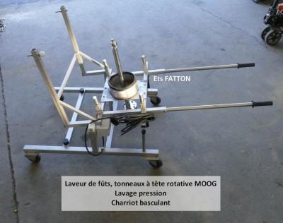 Laveur de fûts et  tonneaux à tête rotative MOOG