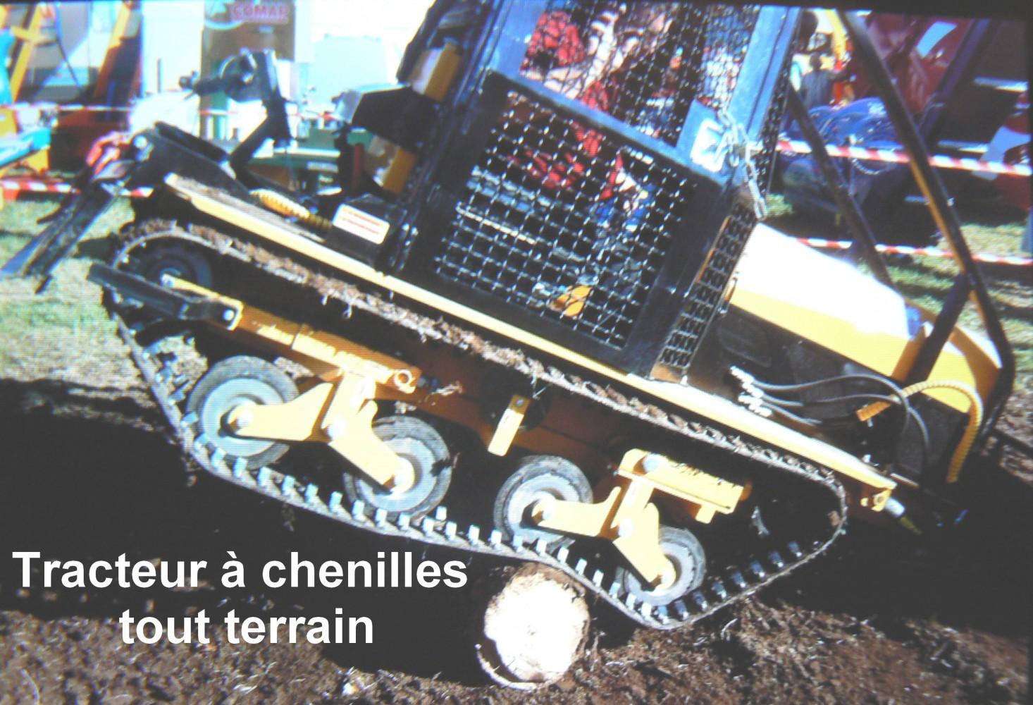 Tracteur à chenilles tout terrain